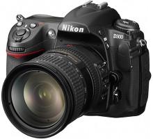 Зеркальный фотоаппарат Nikon D300